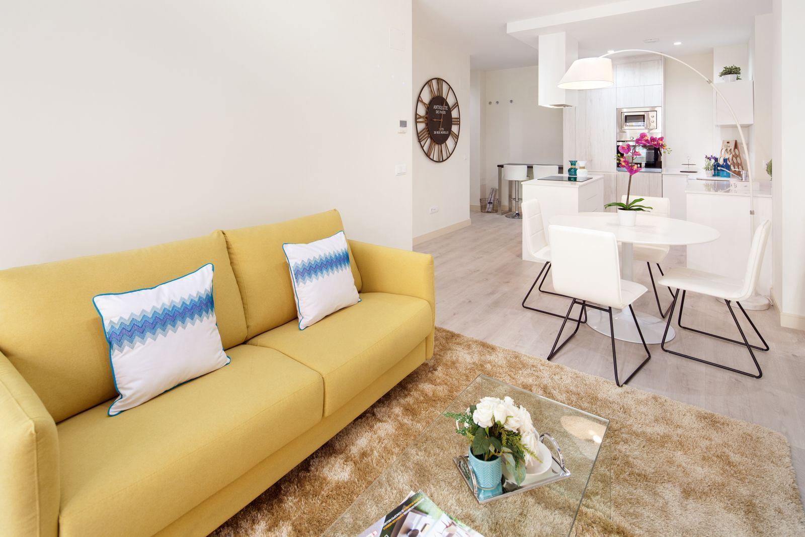 Visite este nuevo y exclusivo piso moderno en m laga - Decoracion de interiores malaga ...