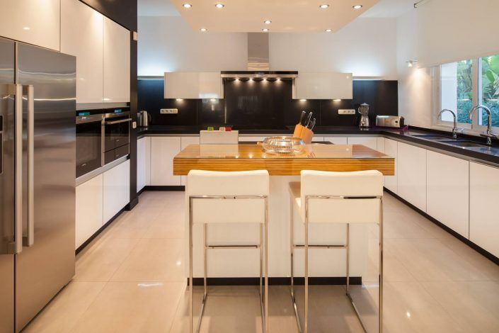 fotografo andreas grunau, cocina moderna, villa de lujo, real estate photographer, photographer in marbella
