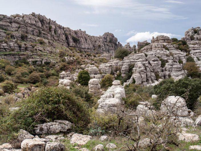 formaciones rocosas de el torcal de antequera. foto torcal de antequera