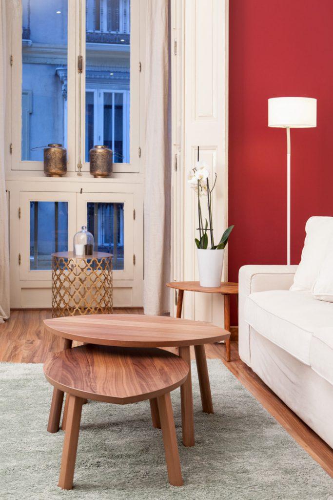 mesas nórdicas, decoración de salón, mesas pequeñas, fotografo andreas grunau